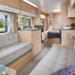 Phoenix+ 644 Lounge to Washroom