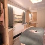 Unicorn V Cartagena Bedroom & Washroom