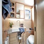 Unicorn V Pamplona Washroom