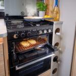 Unicorn V madrid - Thetford Oven & Hob